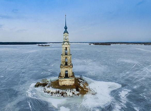 Знаменитую затопленную колокольню в Калязине восстановят. 400720.jpeg