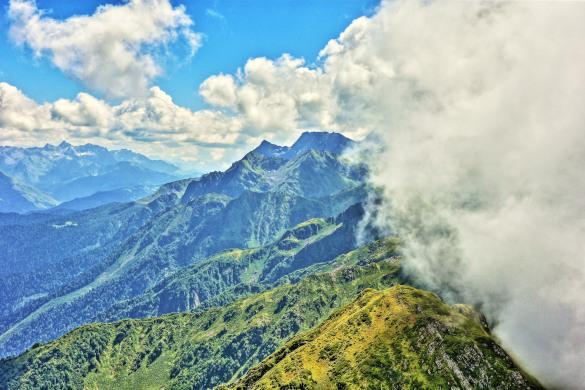 Природа не знает границ. горы