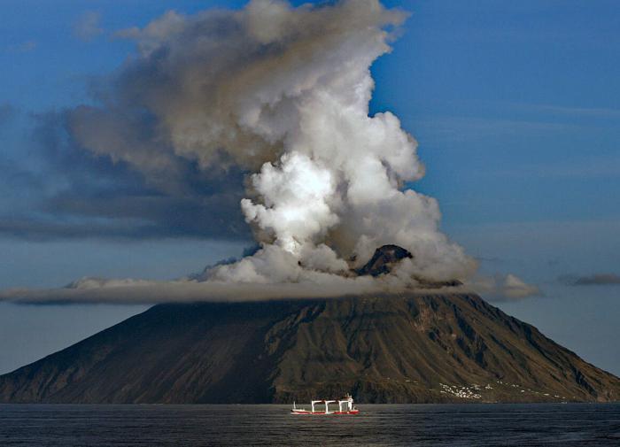 Вулкан Стромболи