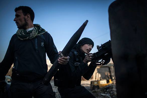 в Сирии, боевики стреляют