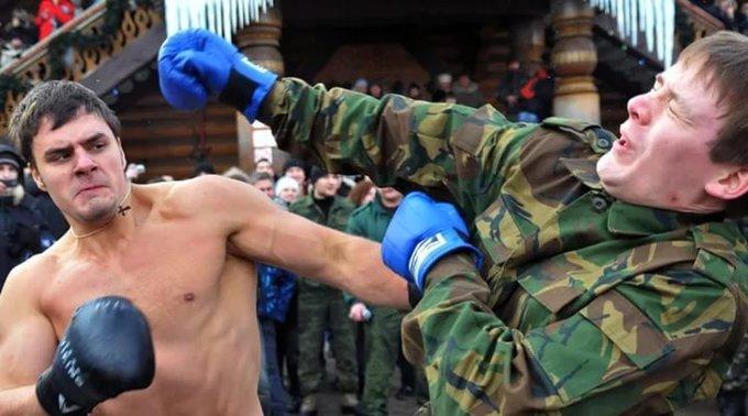 The Mirror выдала кулачные бои наМасленицу запобоище русских  футбольных фанатов