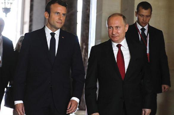 Le Monde: сказать, что Макрон раздражает Кремль - это не сказать ничего. 386727.jpeg