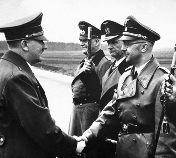 Последний день художника Гитлера. Гитлер, Ева Браун, нацизм, фашизм, биография Гитлера