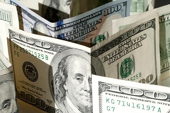 В украинской столице критическое качество управления финансами - Standard&Poor's. доллар, валюта, деньги, наличные, купюры