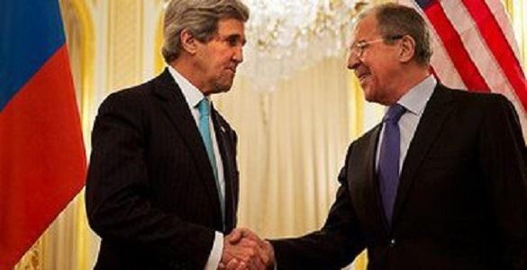 Лавров и Керри снова обсудили кризис на Украине. Лавров и Керри обсудили Украину по телефону