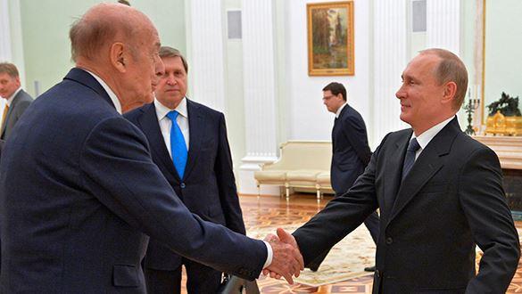 Экс-президент Франции поддержал позицию Путина. Экс-президент Франции поддержал позицию Путина