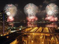 Огромные фейерверки осветили США в День независимости. 265732.jpeg