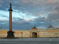 В Петербурге появилась первая улица с крышей