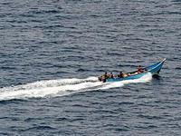 Сомалийские пираты захватили суда из Британии и Тайваня