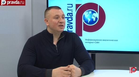 Плотницкий и Захарченко не справляются и должны уйти добровольно – эксперт. Евгений Жилин