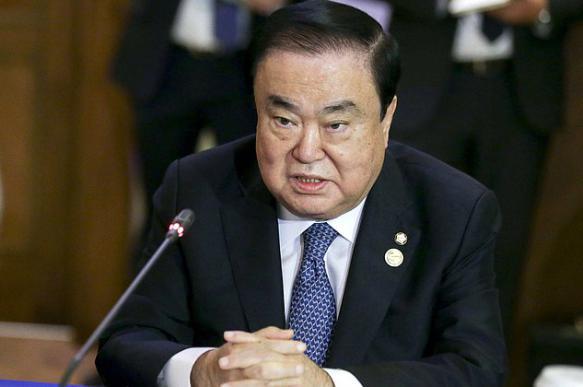 Японцев разозлило высказывание южнокорейского политика об императоре. 398739.jpeg
