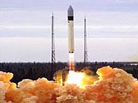 С космодрома Плесецк запущена ракета с военными спутниками