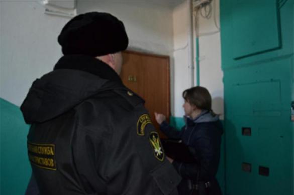 В Смоленске судебные приставы забрали у должников телевизоры. 402741.jpeg