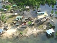 Австралия терпит бедствие из-за наводнения