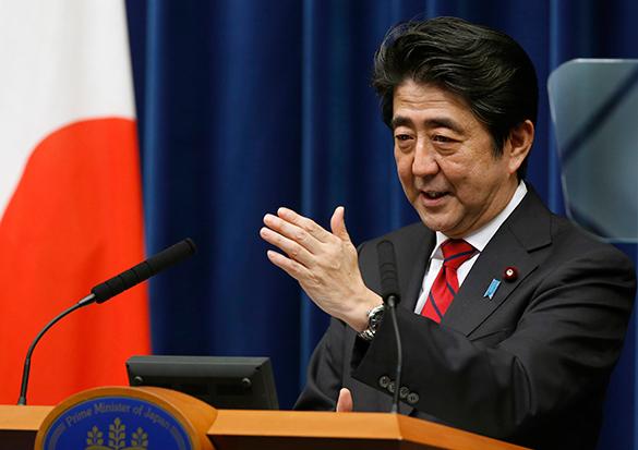 Премьер Японии письменно объяснился перед Путиным за неприезд на 9 мая. Синдзо Абэ объяснил причины своего отсутствия в Москве 9 мая