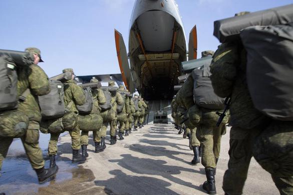 ГлаварейИГ изСирии эвакуировали вертолётами коалиции США