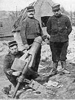 Бьешь из миномета по жилью - помни о Гааге. История создания оружия: миномет, хроника