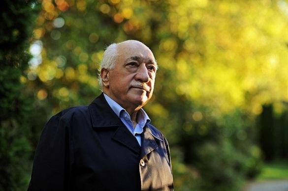 Гюлен осудил Анкару за свой арест