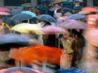 Москвичам пора доставать зонтики