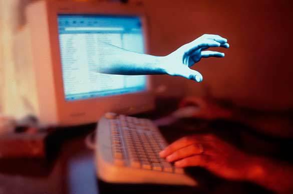 хакеры, компьютерный вирус