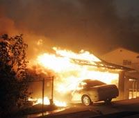 Пожар полностью уничтожил город в США