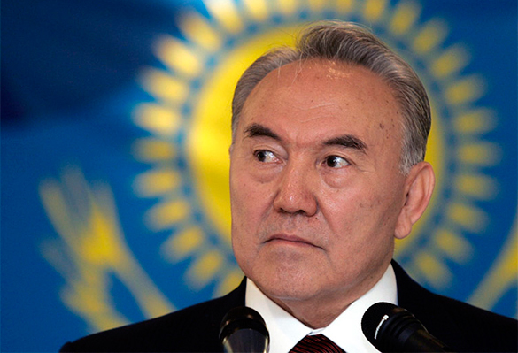 Нурсултан Назарбаев присягнул в верности Анкаре