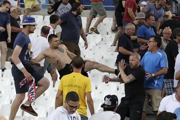 МВД защитит москвичей от обезбашенных футбольных фанато