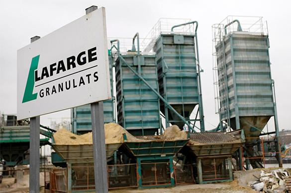 Крупнейший в мире производитель цемента подозревается в поддержк