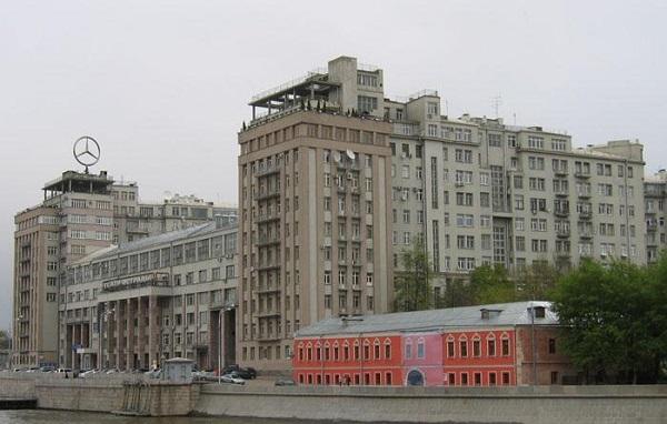 Жилье Натальи Ионовой (ГлюкоZы): две квартиры и загородный дом. 404751.jpeg