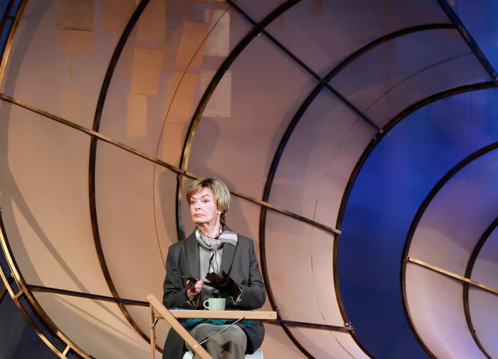 Рецессия в России затянется еще на год