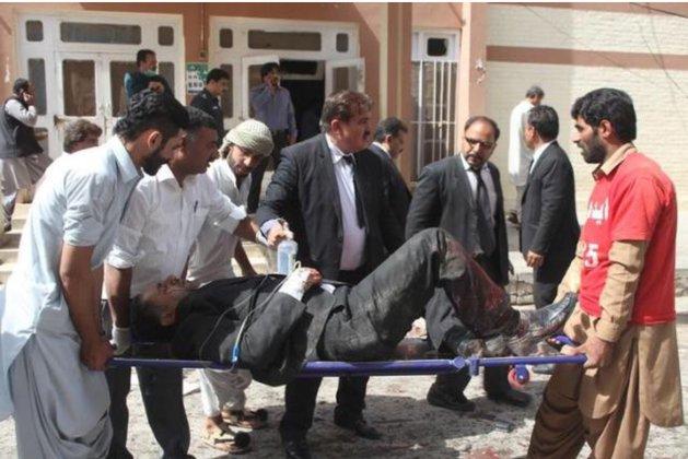 В Пакистане смертник взорвал церковь: 8 человек погибли, 44 ранены. В Пакистане смертник взорвал церковь: 8 человек погибли, 44 ране