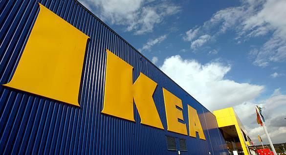 IKEA запретила игру в прятки. Вывеска магазина IKEA