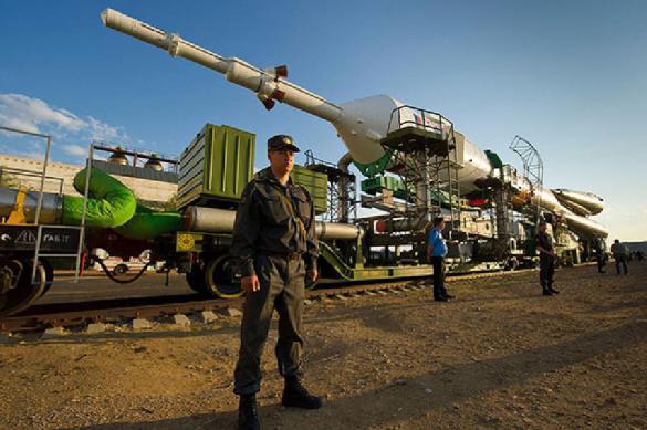 """Хоть одна долетит: Рогозин запустит с """"Байконура"""" две ракеты дуплетом"""