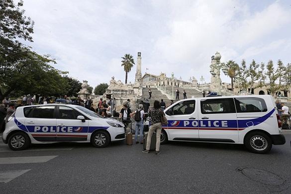 Неизвестный с ножом убил двух прохожих в Марселе. 376762.jpeg