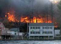В США сгорел курортный поселок
