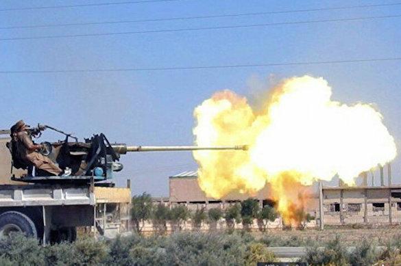 Боевики перебрасывают в районДейр-эз-Зоратяжелую технику и крупные силы ИГ*. 374768.jpeg