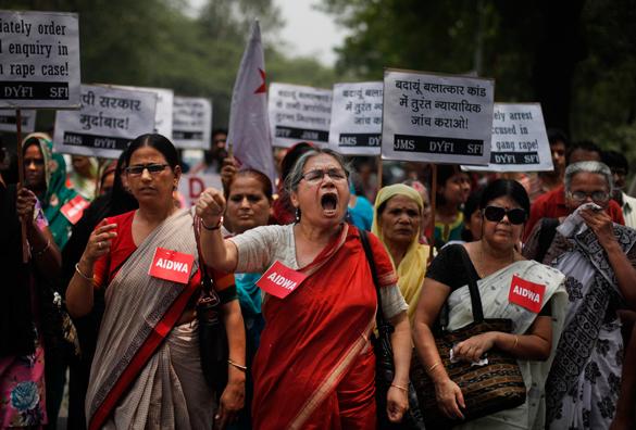 Индия: изнасилования, касты и гендерное право. Даже демократия не спасла женщин Индии от традиций