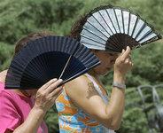 Июль-2011 попал в тройку самых жарких месяцев. zhara