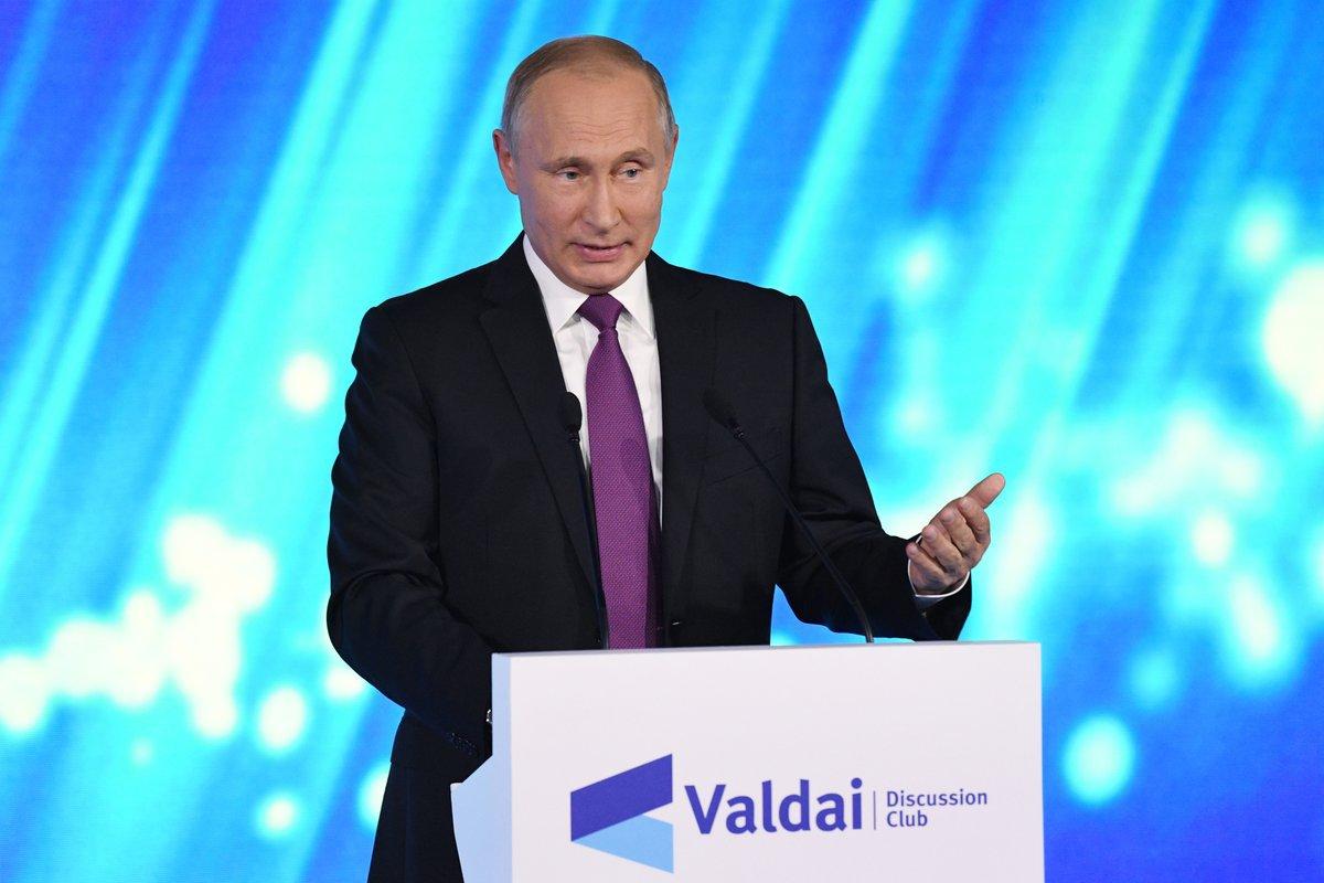 Путин: запад экспортирует демократию, как советская власть — социализм. Путин: запад экспортирует демократию, как советская власть — соц