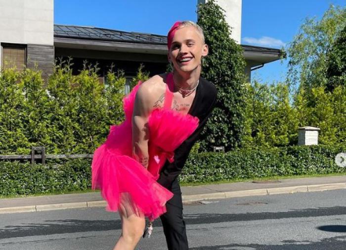 Смертник взорвал полицейских в Пакистане