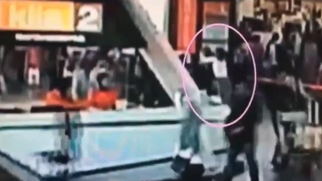 Убийство Ким Чон Нама попало на камеру