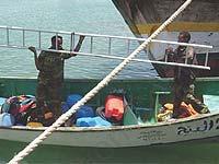 Сомалийские пираты захватили контейнеровоз