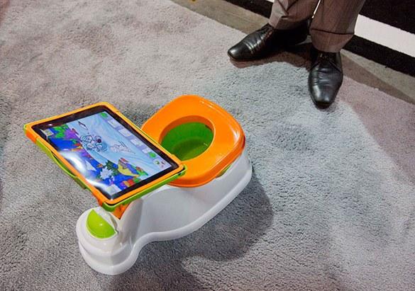 """""""Умный туалет"""" производит чистую питьевую воду и может заряжать мобильник. 314777.jpeg"""