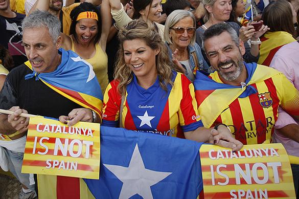 Власти Каталонии: жители региона показали