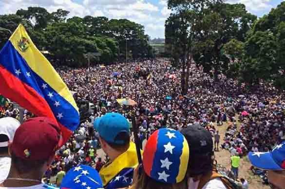 Испанский политик опровергает западную пропаганду о Венесуэле. 394778.jpeg