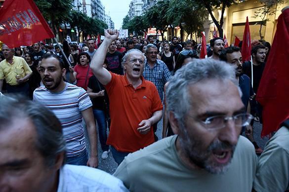 К власти в Греции могут вернуться центристские партии - мнение.