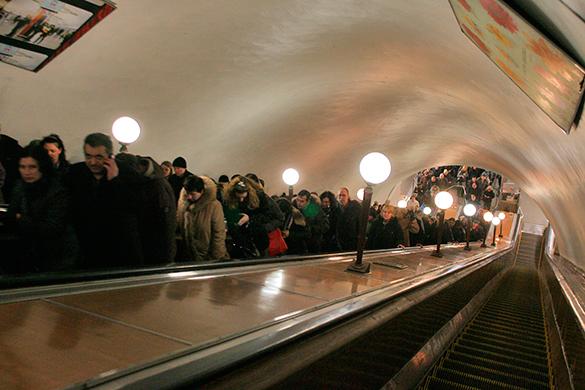 В московском метро объявлена воздушная тревога