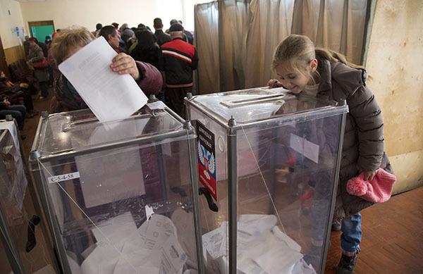 Избирательные участки в ЛНР продлят работу из-за ажиотажа на выборах. 302784.jpeg