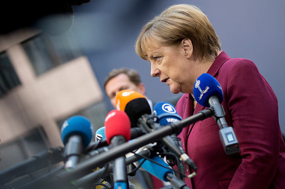 Меркель освистали во время предвыборной речи как Клинтон. Меркель освистали во время предвыборной речи как Клинтон