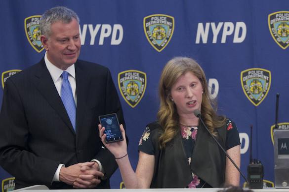 """Полиция США """"выбросит"""" 36 000 ненужных смартфонов. 374784.jpeg"""